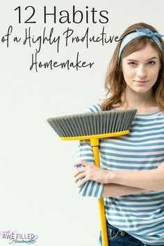 12 Habits of A Highly Productive Homemaker 12 HABITS OF HIGHLY PRODUCTIVE HOMEMAKERS Whether you're a stay at home mom, work at home or work out of a home mother, a happy and healthy home is more than likely number one on your list. Stay At Home Mom, Work From Home Moms, Christian Homemaking, Homekeeping, Organizing Your Home, Organising, Home Management, Cleaning Hacks, Cleaning Schedules