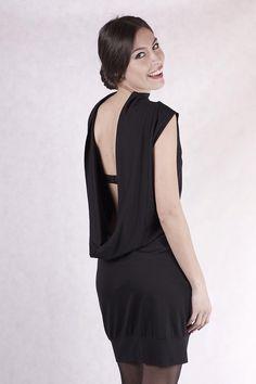 Entdecke lässige und festliche Kleider: NARA Das Kleine Schwarze made by NARA  Store via DaWanda.com
