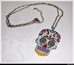 "Sugar skull in ""plastique dingue"""