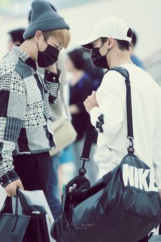""" 150921 / Gimpo Airport, back to Korea ★ Melting Planet. Do not edit. """