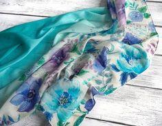 Батик платок с ручной росписью, батик, голубой, бирюзовый, батик с цветами, голубой цветы, градиент, омбре , голубой, batik