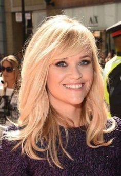 """Reese Witherspoon Photos: """"The Good Lie"""" Premiere - Arrivals - 2014 Toronto International Film Festival. Love Reese Witherspoon my sweet heart. Medium Long Hair, Medium Hair Styles, Short Hair Styles, Hairstyles With Bangs, Pretty Hairstyles, Wedding Hairstyles, Blonde Hair With Bangs, Hair Bangs, Men's Hair"""