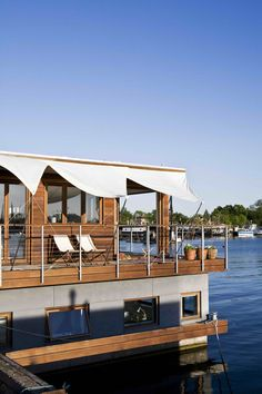 Houseboat - Copenhagen, a customdesigned home build by Dirkmarine