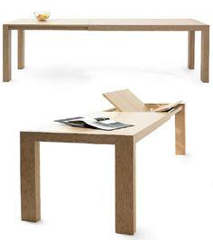 Mesa de comedor modelo Alias. Sólido sistema de mesas extensibles de comedor, las extensiones se alojan en el interior. La mesa permite un amplio abanico de terminaciones, tanto en maderas como en variados tonos.  Medidas: 90 x 90 cm / 130 x 90 cm / 150 x 90 cm / 180 x 90 cm / 130 x 130 cm  Acabado en Cerezo, Roble, Nogal americano y lacado. Se puede fabricar en otras medidas y maderas (consultar).
