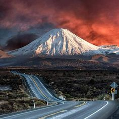 Mount Ngauruhoe (2.291m), North Island New Zealand from the Desert Road.