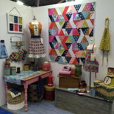 Good morning, #quiltmarket!! Who's excited for new #cottonandsteel?!?