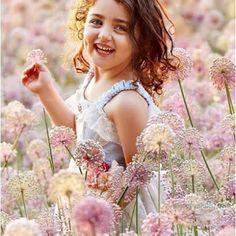 The World Cutest Baby - Anahita Hashemzadeh - My Baby Smiles Cute Baby Girl Photos, Cute Kids Pics, Cute Little Baby Girl, Beautiful Baby Girl, Cute Baby Pictures, Beautiful Children, World's Cutest Baby, Cute Baby Girl Wallpaper, Cute Babies Photography