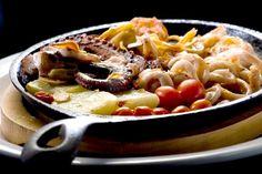 Plancha de mariscos - Pan fried Seafood