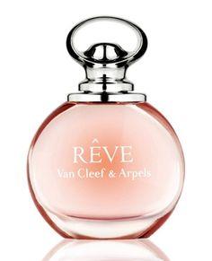 Reve de Van Cleef & Arpels es una fragancia de la familia olfativa Floral Frutal para Mujeres. Las Notas de Salida son pera y neroli; las Notas de Corazón son osmanto (olivo oloroso), azucena y peonía; las Notas de Fondo son sándalo y ámbar.