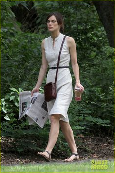 Keira Knightley (Begin Again)- I adore the skinny belt, brown bag & matching brown sandals