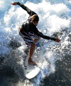 Doing the Twist, San Diego Surf Style by moonjazz, via Flickr