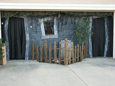Halloween Home & Garage Decorations Halloween Prop, Halloween Town, Halloween Outside, Halloween Graveyard, Halloween Haunted Houses, Outdoor Halloween, Halloween Projects, Holidays Halloween, Halloween Decorations