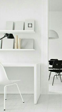Via Emmas Designblogg | Home Office | White | Minimal