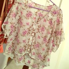 Light weight floral cardigan Great condition, perfect for spring & summer ☀️ Abercrombie & Fitch Tops Blouses