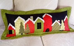 """""""Holiday Lane Pillow Pattern"""" Free Quilted Pillow Pattern designed by Jill from Jillily Studio Christmas Sewing, Christmas Fabric, Christmas Pillow, Christmas Projects, Christmas Quilting, Christmas Houses, Christmas Décor, Christmas Patterns, Felt Pillow"""