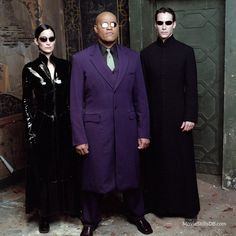 The Matrix Revolutions - Promo shot of Keanu Reeves, Carrie-Anne Moss & Lawrence Fishburne