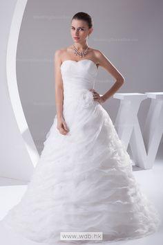Princess sweetheart full A-line wedding dress with chapel train