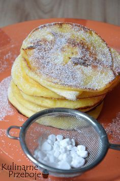 Pudding fritters cheese (cheesecakes) to fast - KulinarnePrzeboje. Raw Food Recipes, Sweet Recipes, Cooking Recipes, Crepes And Waffles, Healthy Cake, Sweet Breakfast, Slow Food, Food Inspiration, Food And Drink