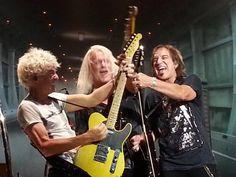 Dave Amato Talks Guitars and 25 Years with REO Speedwagon Reo Speedwagon, Musicals, Singer, Change, Album, Concert, Guitars, Lisa, Singers