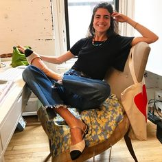 The New Chanel Flats Are Just as Chic as You Would Imagine Chanel's new flats for summer are at the top of our shopping list. See how chic they are right this way. Leandra Medine, Look Fashion, Fashion Outfits, Womens Fashion, Fashion Design, Fashion Tips, Fashion Trends, Fashion Weeks, Milan Fashion