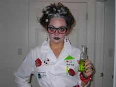 awesome Halloween  80 idées pour un déguisement facile Check more at //  sc 1 st  Pinterest & 10 easy-to-make costumes for geek girls | DVICE Made Scientist ...