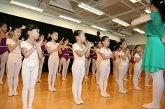 Great tips for preschool ballet lessons. Start with setting ground rules!
