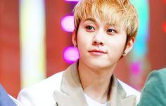 holy fck this is cute <3 - Junhyung
