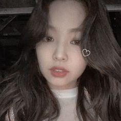 blackpink Workout Plans workout plans get ripped Kim Jennie, Jennie Kim Tumblr, Divas, Get Ripped Workout Plan, Yg Entertainment, Blackpink Icons, Black Pink, Kim Jisoo, Hyuna