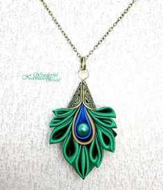Gorgeous! Satin Peacock Feather Tsumami Kanzashi Antique Necklace...
