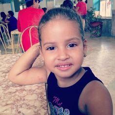 Mi #princesitajazmine está creciendo. La amo. #rexodiando con su papi.