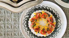 Bouchées de polenta aux tomates et câpres