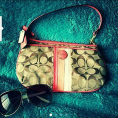 Small authentic Coach shoulder purse Pre-owned authentic Coach, in mint condition no scratches. Glasses are not included. Coach Bags Shoulder Bags