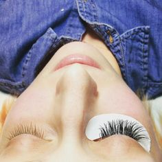 Lovin lashing! If you are looking to learn how to do eyelash extensions join us for our next lashing out class! #eyelashextensions #cteyelashextensionclasses#classiclashextensions#fairfieldcountyct#bridallashes#ctmua#openyoureyes#lashes @atouchofcolormakeup http://ift.tt/1qkpLf1