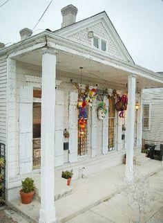 Bywater shotgun house, New Orleans, LA