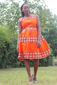 Nelle Stern Made By AfricansNelle-Stern #madeinafrica #madebyafricans #nellestern #africanfashionlovers #africanprints #mode #fashion #loveafricanfashion #dress #africandress