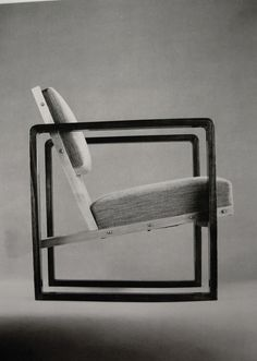 Josef Albers. 1928. Bauhaus./ As all of the Josef Albers' designs combined with geometric shapes this chair turn out to be one of his best design, which it has maximum comfort with uniqueness . It's a design you will still find in homes today.