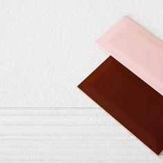 Bathroom design tip:⠀ Αν θέλετε μια πιο girly διαθεση για το μπάνιο σας, συνδιάστε μονόχρωμα πλακάκια σε τοίχους και δάπεδο και τονίστε την πλευρά του καθρέπτη με ένα έγχρωμο πλακάκι σε ροζ ή βυσσινί απόχρωση ή και τα 2!⠀ #yournewhome #AS_Spiliotopoulos Burgundy, Instagram Posts, Wine Red Hair