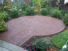 Great Round Patio Brick Patterns (9)