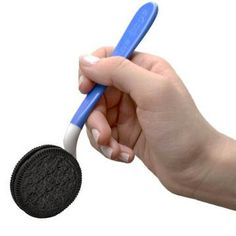 The Dipr:  The best way to dunk an oreo cookie.