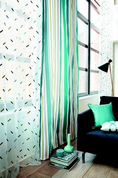Trocadero by Camengo is a collection of graphic lines, introducing minimalist shapes through transaprency and optical effects. #Fabrics from Trocadero, Camengo, #Goodrich