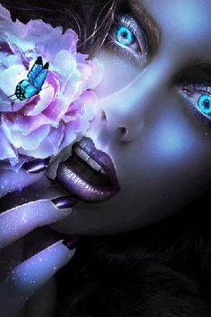 Анимация Девушка с аквамариновыми глазами, у лица цветок на котором сидит бабочка (© Bezchyfstv), добавлено: 27.02.2015 12:58