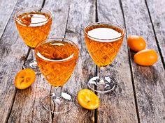Nalewka pomarańczowa na Boże Narodzenie - szybki przepis Cocktail Recipes, Cocktails, Alcoholic Drinks, Beverages, Liqueur, Orange, Bartender, Smoothie, Food And Drink