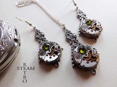 10% off with coupon code:SALE15  Steampunk Jewelry set in filigree Green - Steampunk wedding set - Steampunk Necklace & Earrings