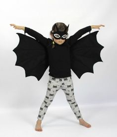 Dress up clothes for kids: Turn your little one into a Halloween bat. Comes with wings and eye mask.