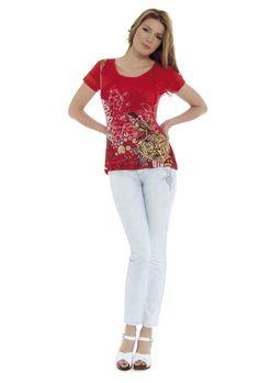 Camiseta AUREA y jeans ELLEN
