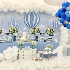 Fico tão feliz quando um projeto faz sucesso e agrada tantas pessoas , e esse tão especial .. teve Bis! Tema Balões para o primeiro aninho do Sidnei Gabriel no @buffetarrelia. Muito obrigada mamãe @sidnei.fabiana pela confiança , fizemos cada detalhe com muito carinho @alinebaloes @docesedelicias_dv #festabaloes #festabalao #decoracaoinfantil #decoracaodemenino #festejandoemcasa #amaislindafesta #afestaqueeuquero