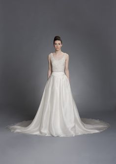 Elizabeth Stuart Bridal 2014 Bridal Boutique 44818346b