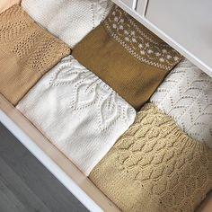   Yellow favourites   . #mrsdrangesstrikkeskuffer #knittingforolivesmerino #sandnesgarnline #tynnmerinoull