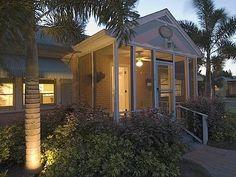 Night view, Palm Cottage, #Gulfport, Florida