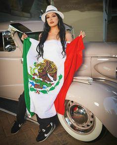 Chica Chola, Estilo Chola, Cholo Art, Chicano Art, Chola Girl, Lauren London Nipsey Hussle, Chola Style, Lowrider Art, Gangster Girl